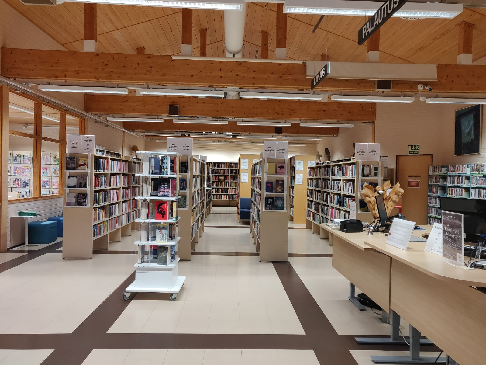 Keiteleen kirjastoa